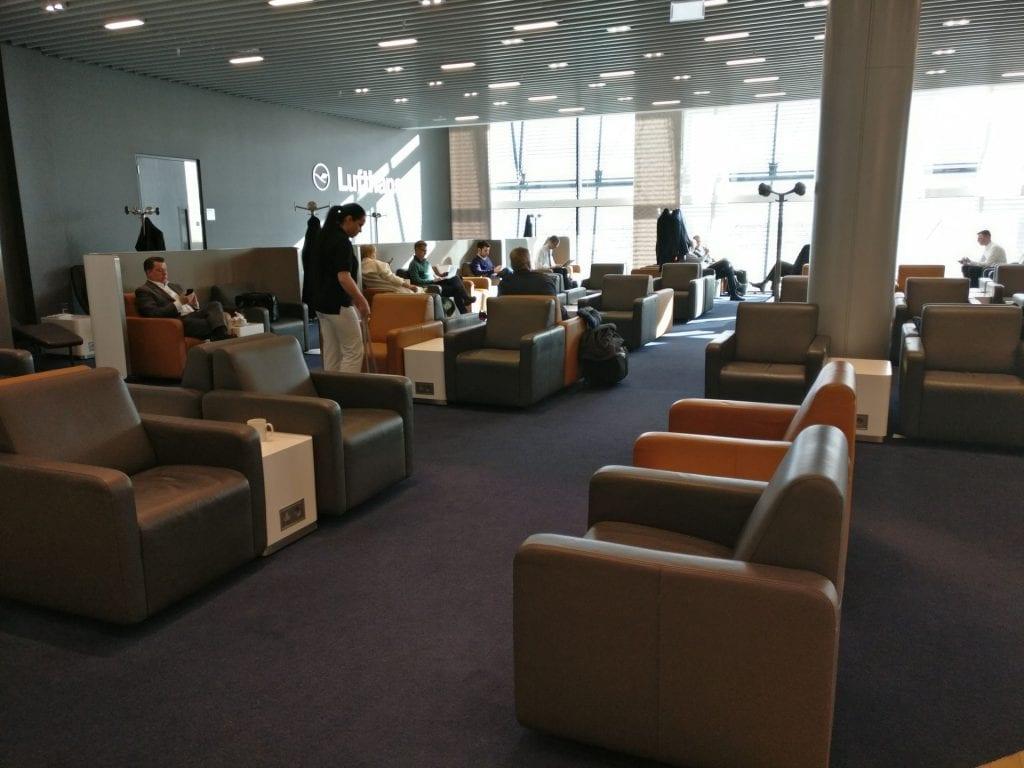 Lufthansa Business Lounge London Seating 2
