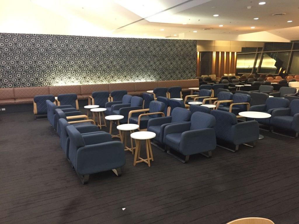 Qantas Domestic Business Class Lounge Sydney Sitzmöglichkeiten