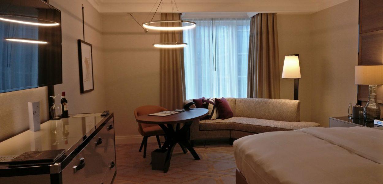 The Ritz Carlton Berlin Deluxe Zimmer