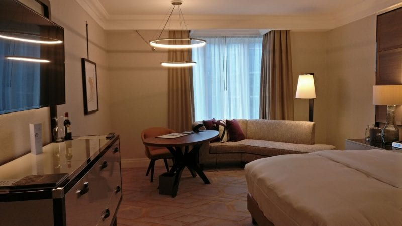 The Ritz Carlton Berlin Deluxe Zimmer