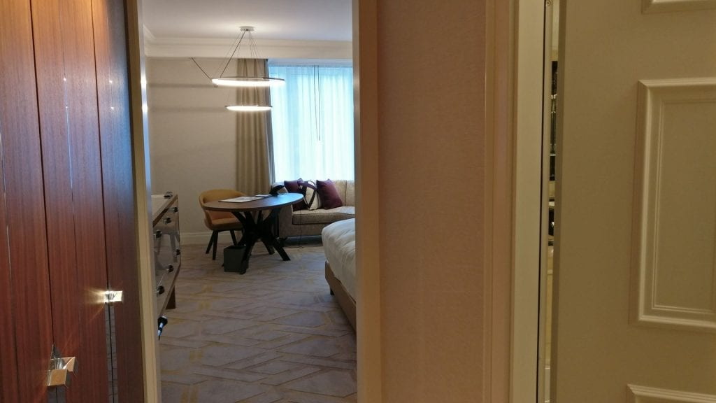 The Ritz Carlton Berlin Zimmer Eingang