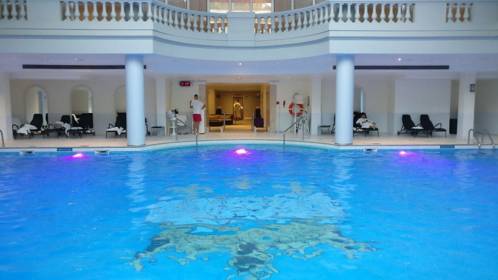 Trianon Palace Versailles Waldorf Astoria Pool 2