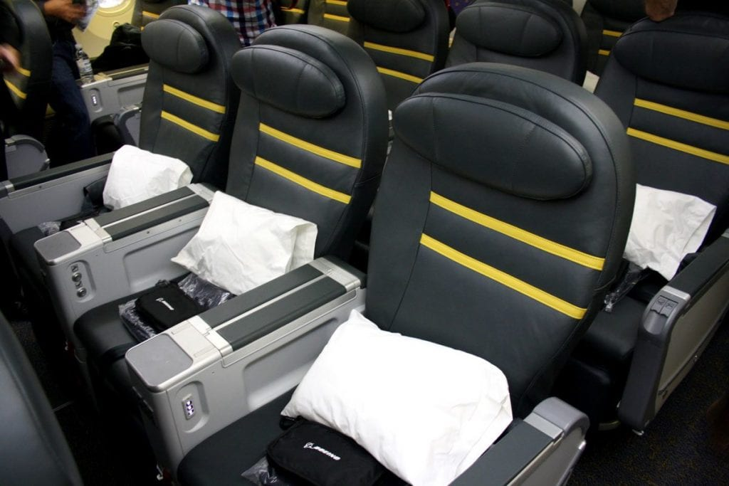 scoot boeing 787 business class