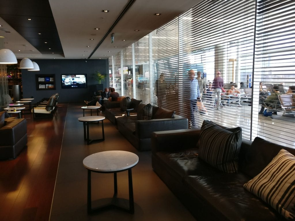Aeropuertos VIP Club Montevideo Seating 6