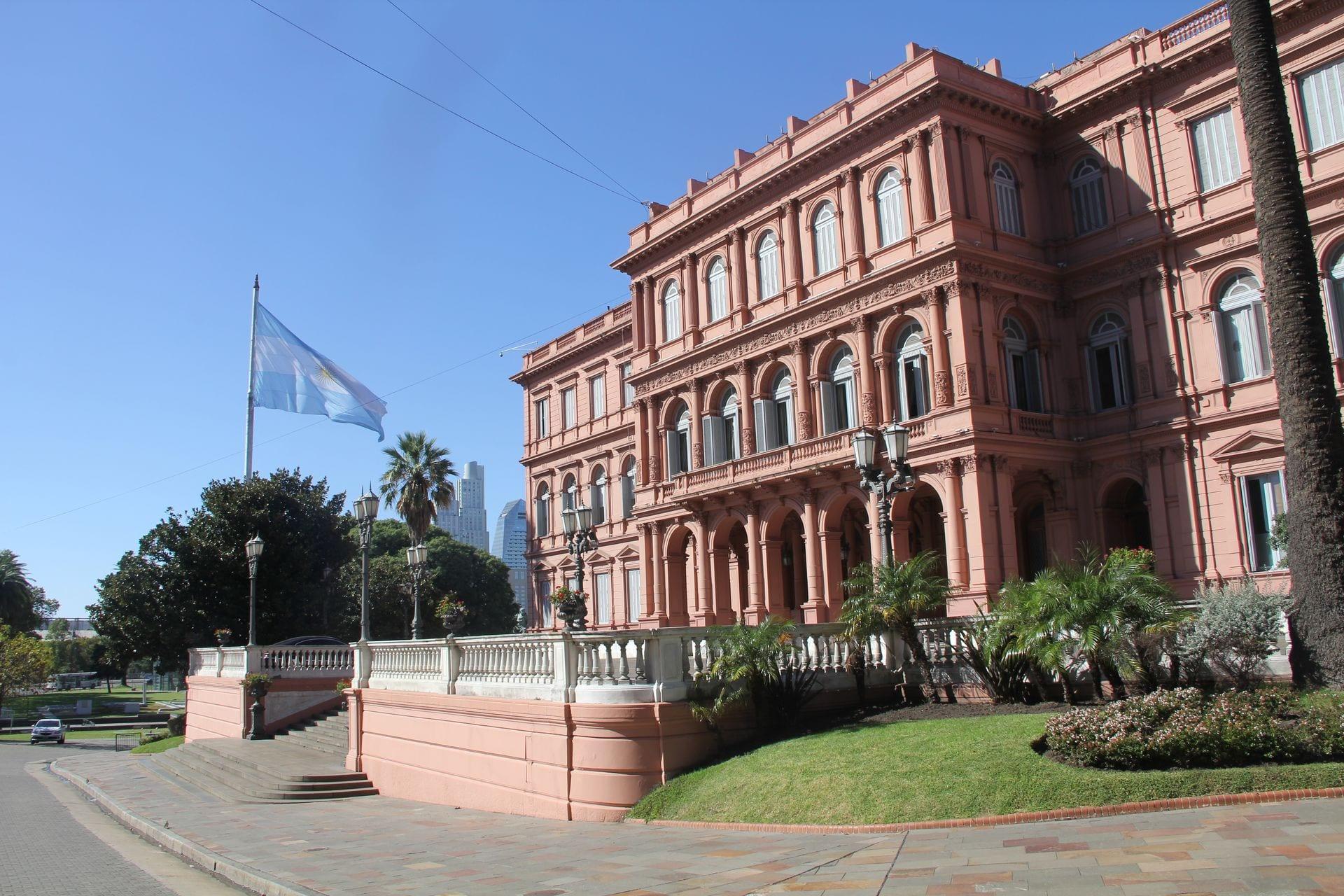 Buenos aires casa rosada 4 for Casa jardin buenos aires