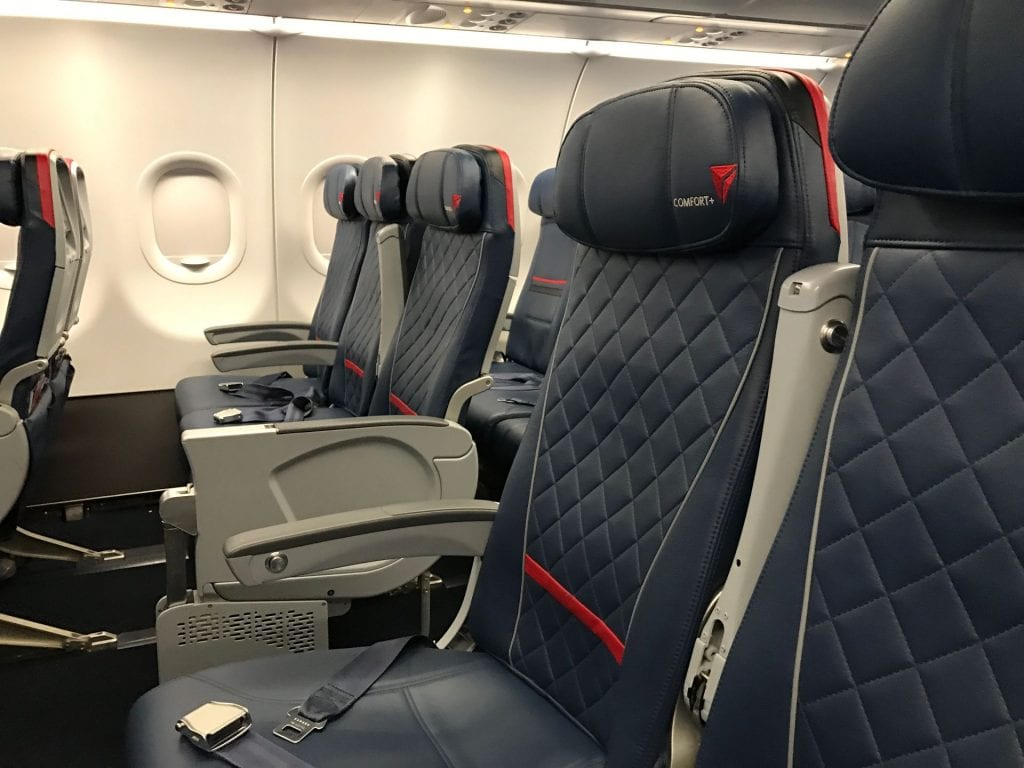 Delta Comfort Plus Sitz 2 SkyMiles Upgrade kostenlose