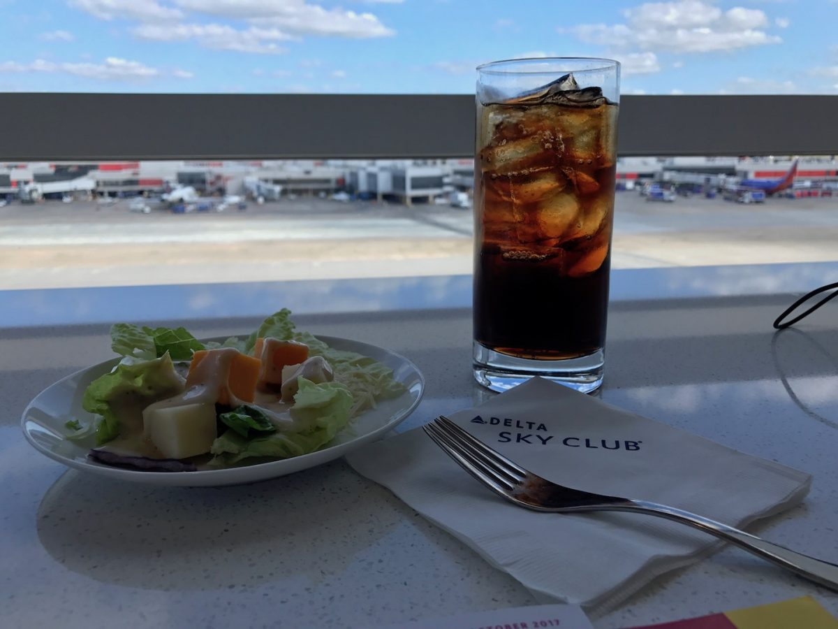 Delta Sky Club Atlanta B18 Essen