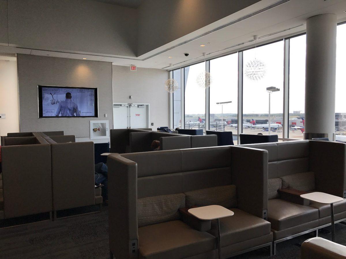 Delta Sky Club Atlanta B18 Sitzmöglichkeiten 7