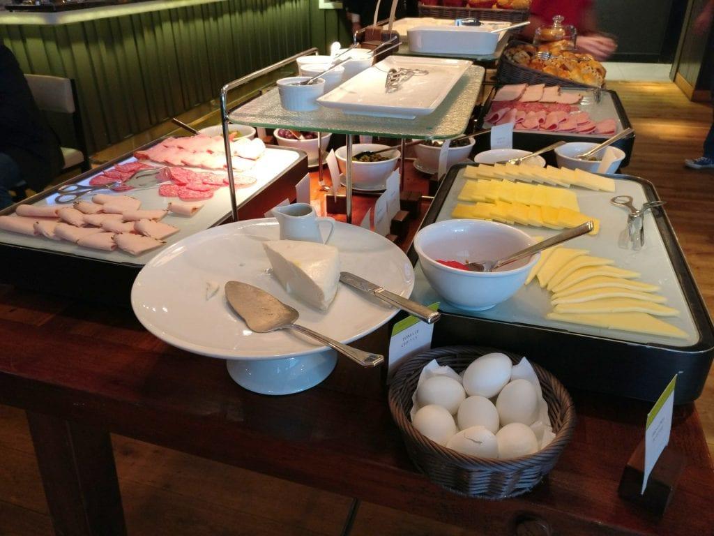 DoubleTree Santiago Vitacura Breakfast 3