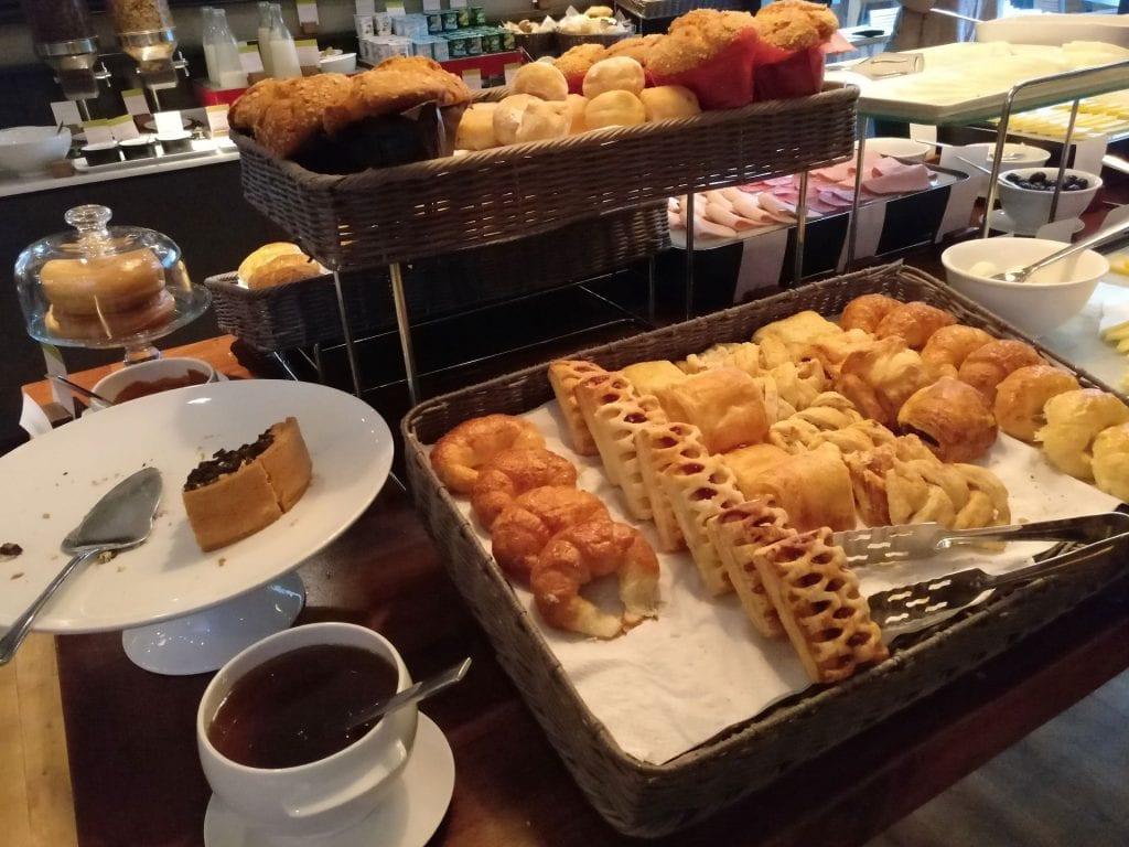 DoubleTree Santiago Vitacura Breakfast 6