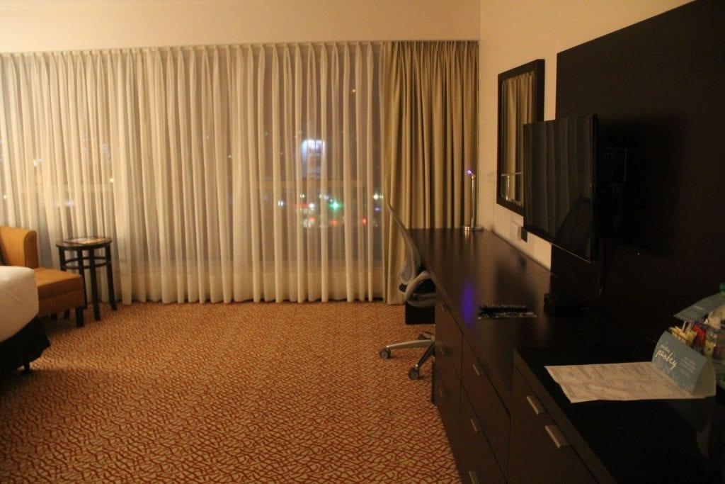 Hilton Garden Inn Montevideo King Room 3