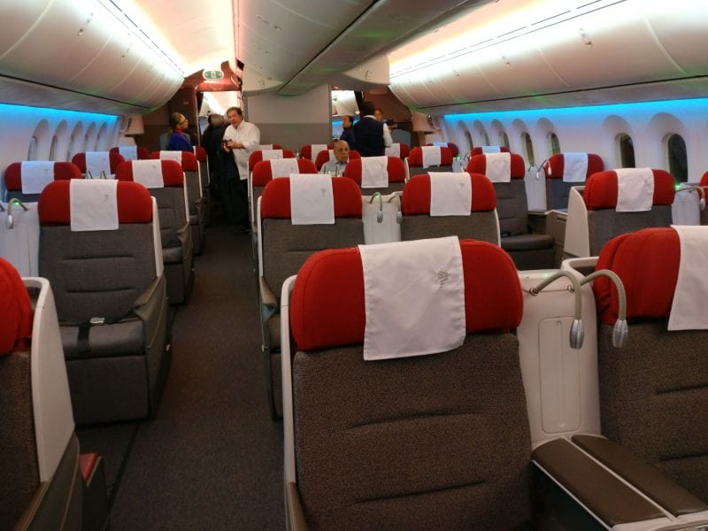 LATAM Business Class Boeing 787 9 Cabin 3