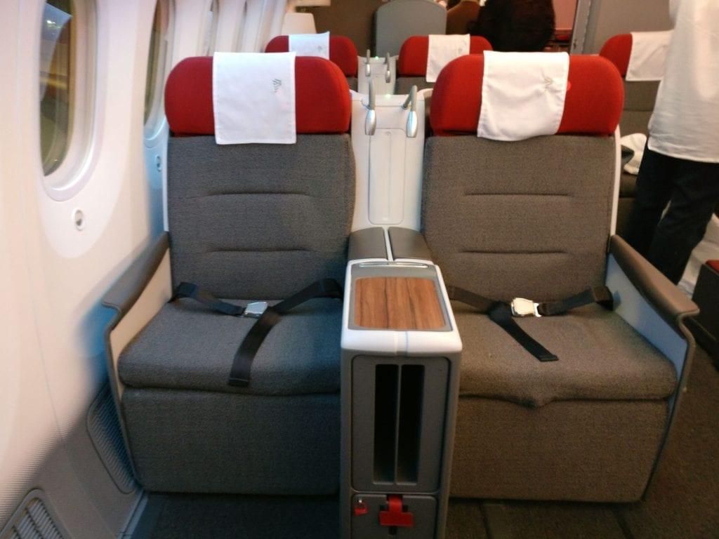 LATAM Business Class Boeing 787 9 Seat 7