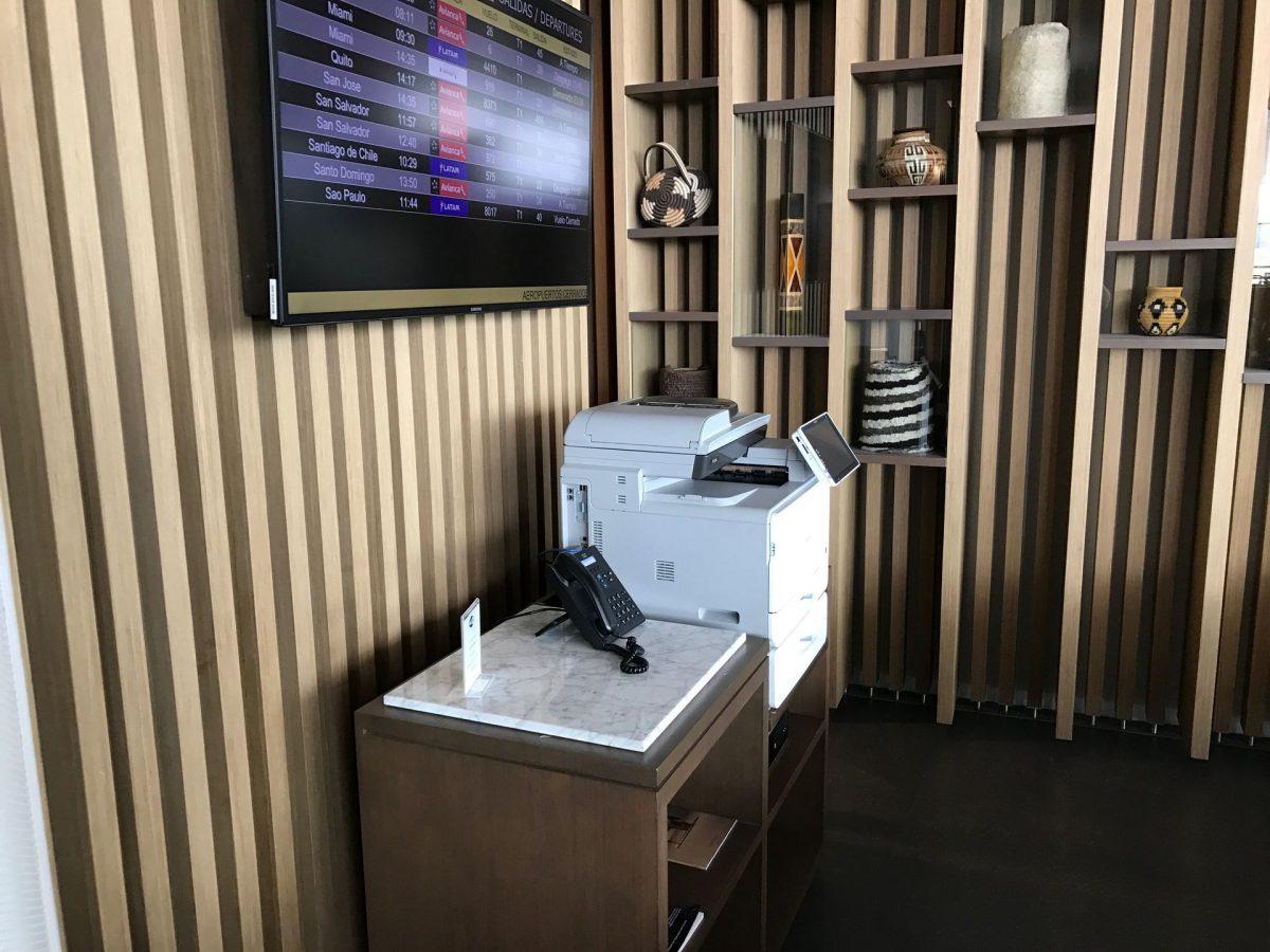 Latam Lounge Bogota Business Corner