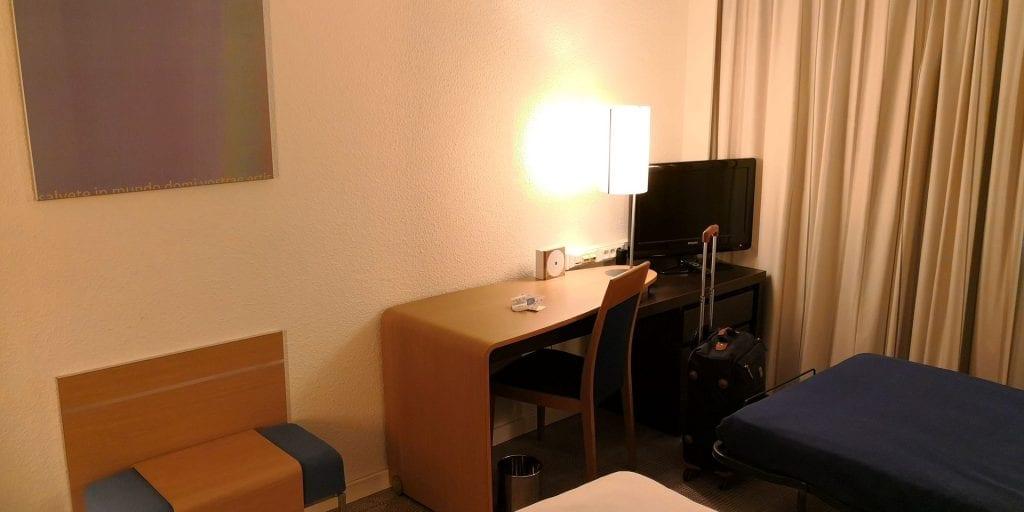 Novotel Brussels Airport Zimmer Schreibtisch
