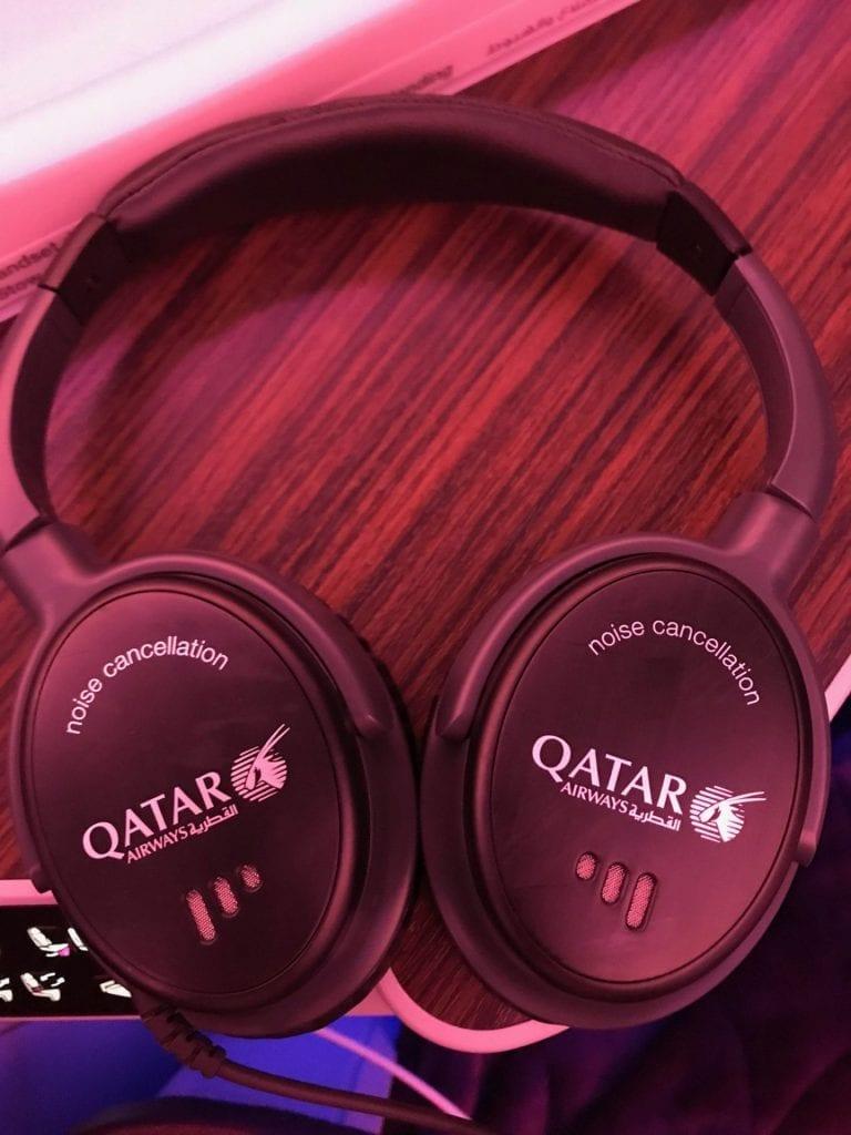 Qatar Airways Business Class Airbus A350 Kopfhörer
