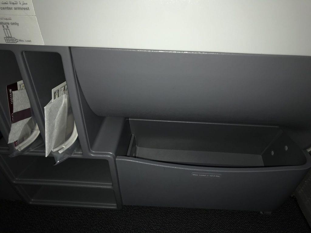 Qatar Airways Business Class Boeing777 Ablage