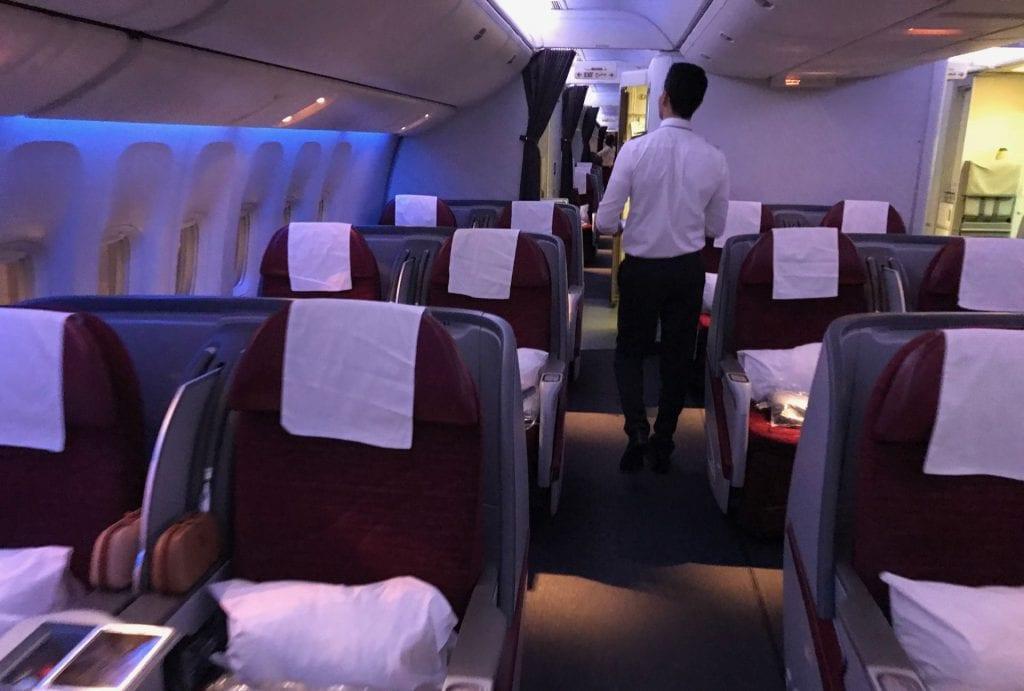 Qatar Airways Business Class Boeing777 Kabine