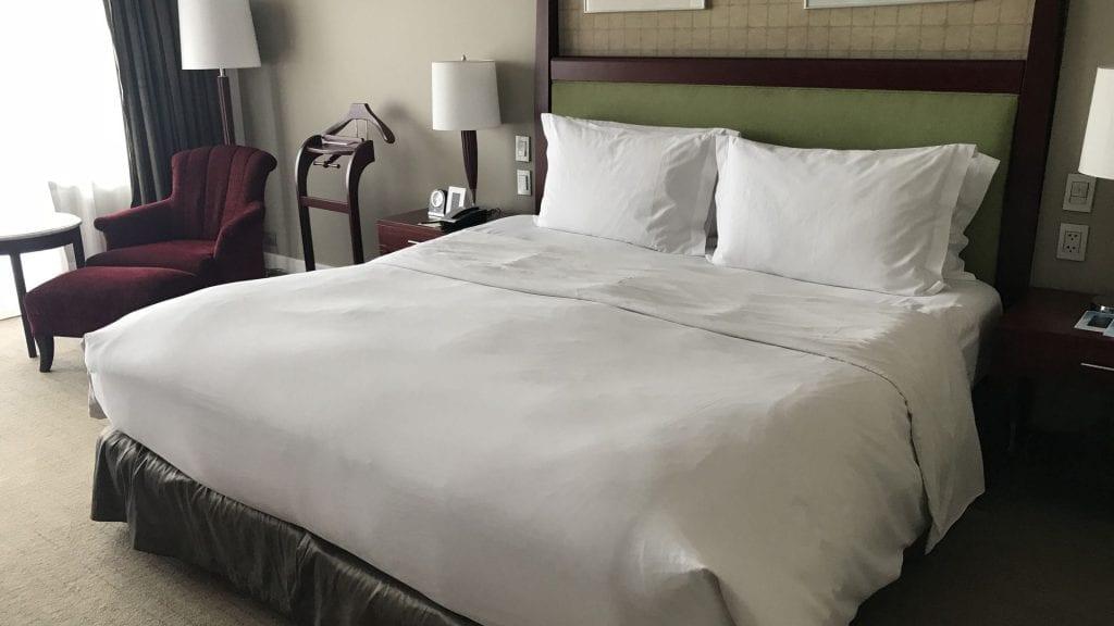 Sofitel Manila Bett 2
