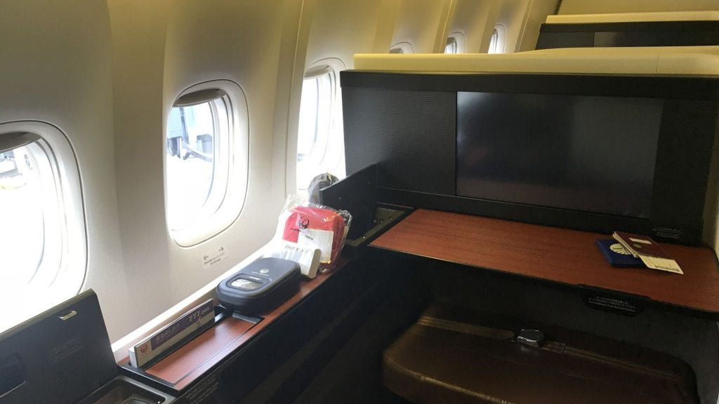 japan airlines first class boeing 777 Sitz 6