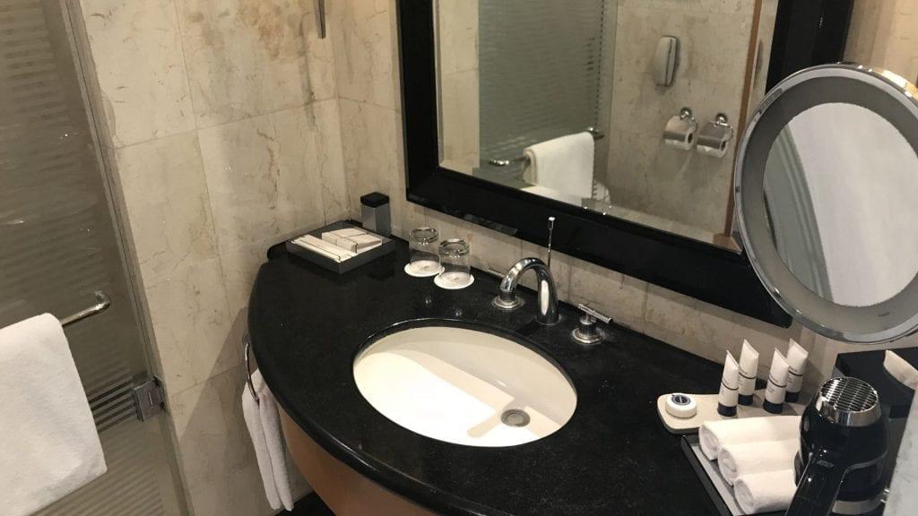 pan pacific manila badezimmer