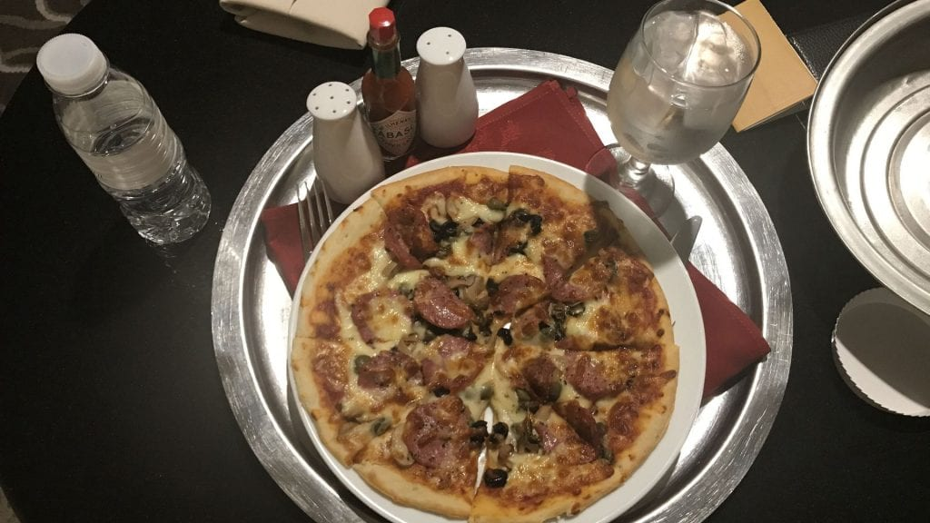 pan_pacific_manila_Pizza