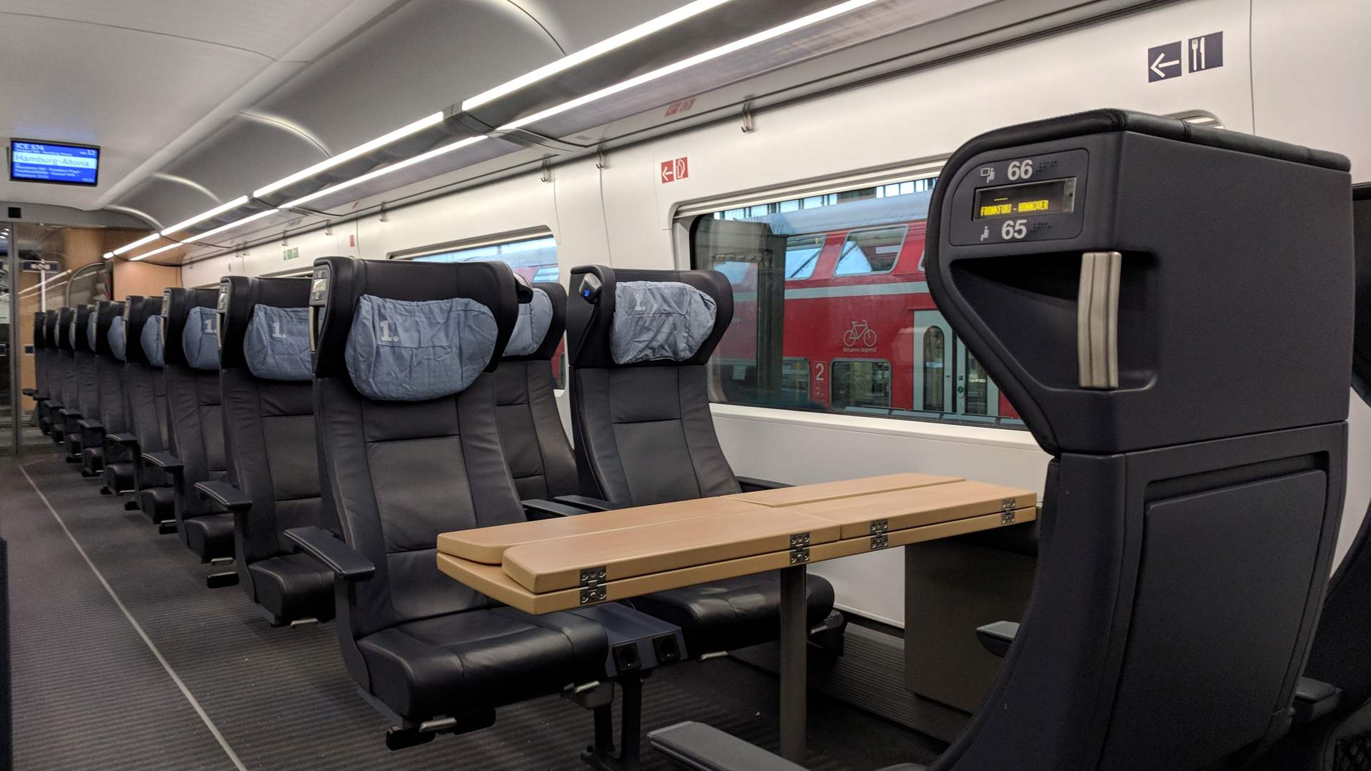 DB Bahn ICE 4 1. Klasse