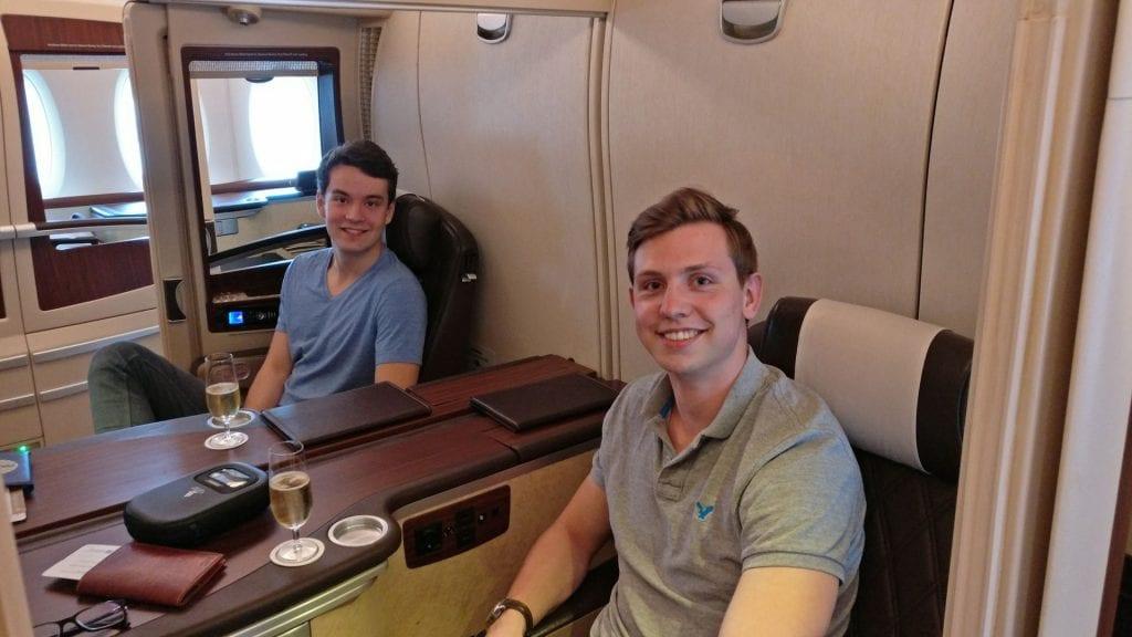 Moritz und Jan in der Singapore Airlines Suites Class