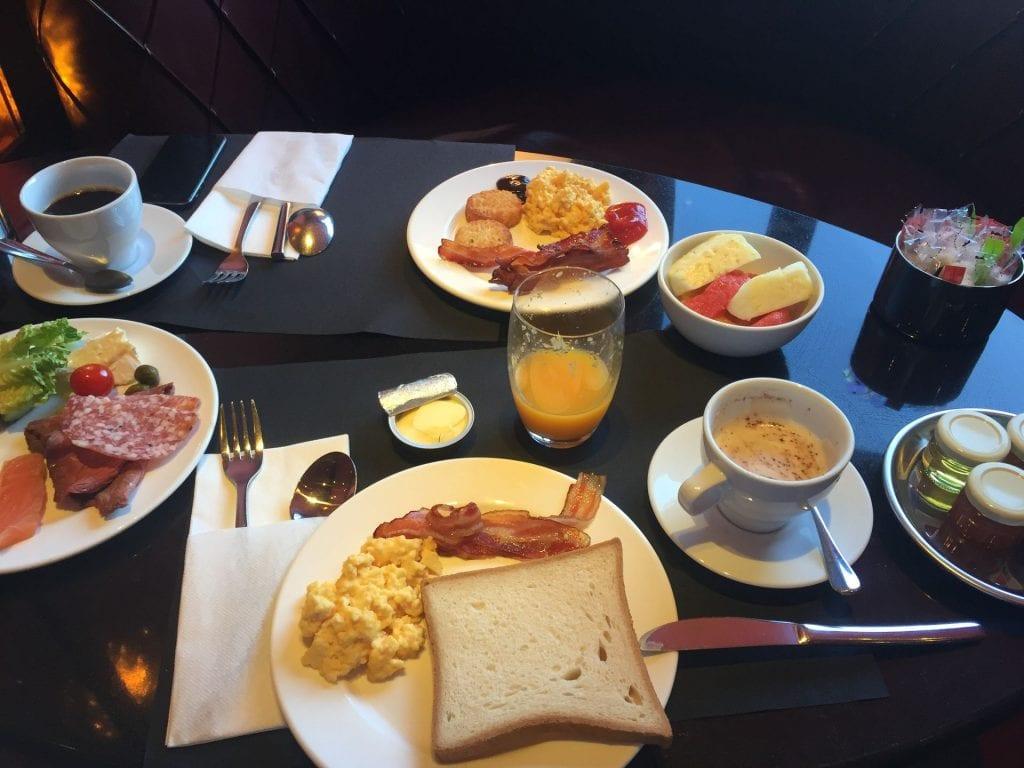 hyatt regency paris etoile frühstück