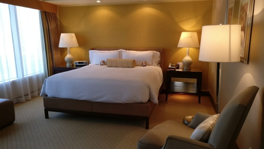 Conrad Hong Executive Peak Suite Bedroom