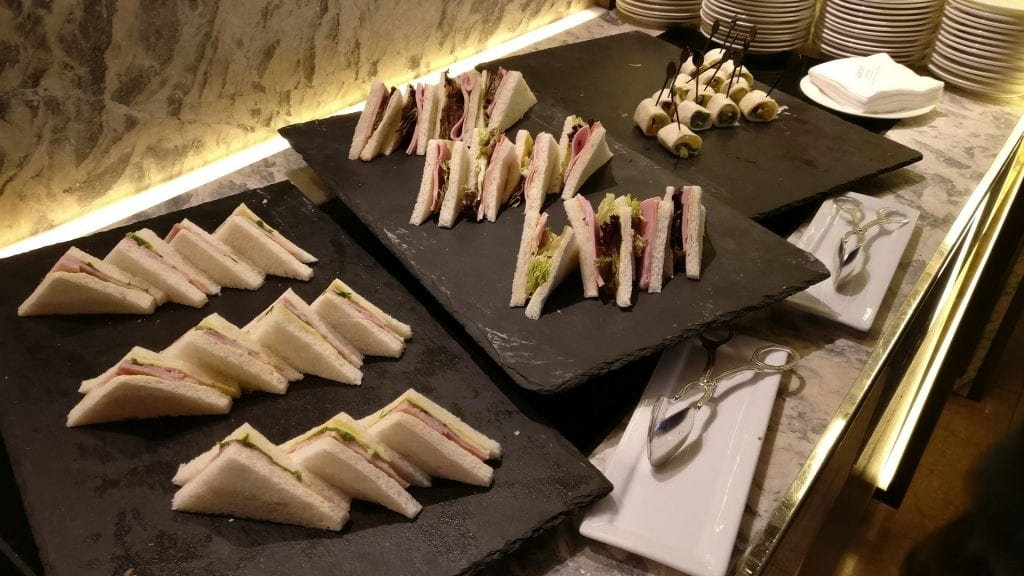 Conrad Hongkong Executive Lounge Afternoon Tea