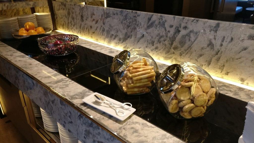Conrad Hongkong Executive Lounge Snacks