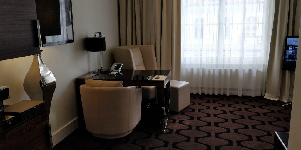 Hotel am Steinplatz Autograph Collection Berlin Zimmer Eingang