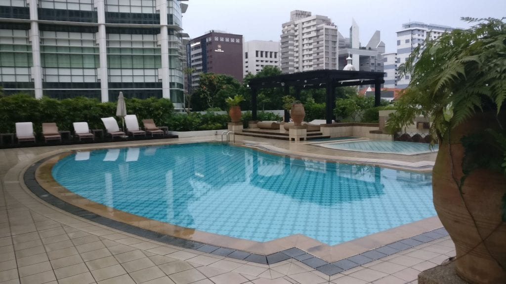 InterContinental Singapore Pool 5