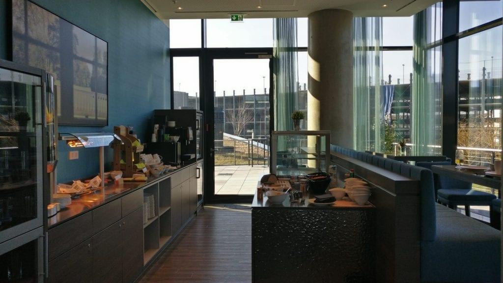marriott bonn executive lounge buffet