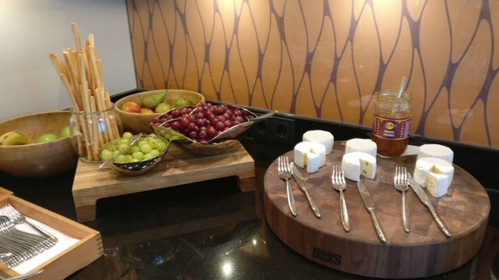 marriott köln executive lounge buffet 2