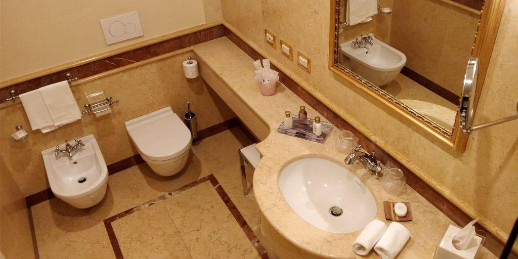 Ca Sagredo Venedig Zimmer Bad WC