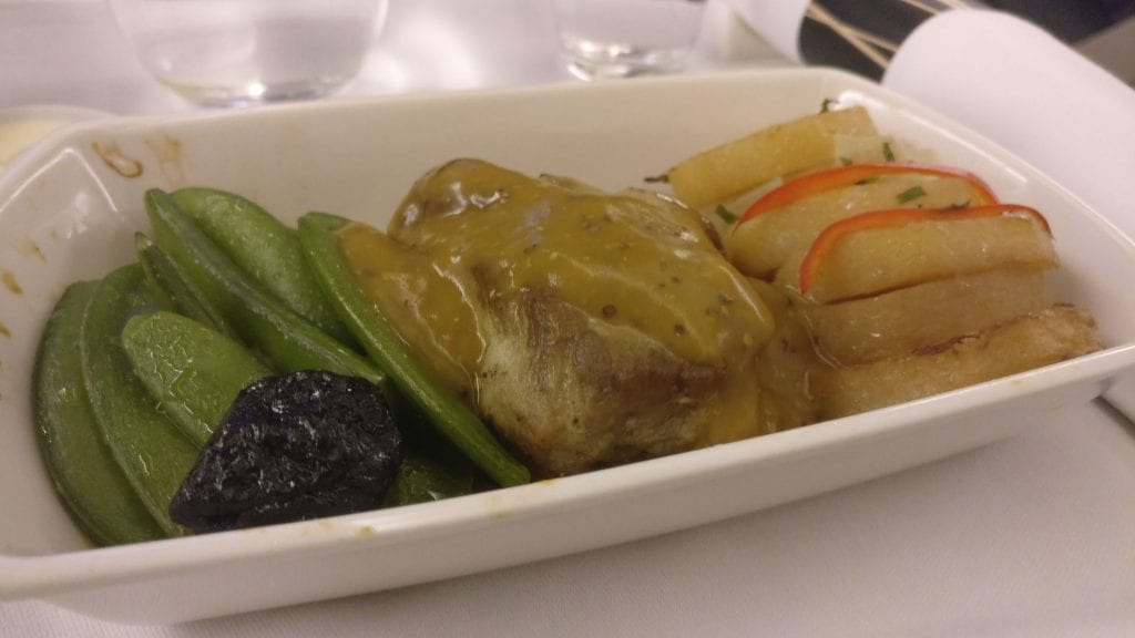 Cathay Pacific Business Class Boeing 777 300 Dinner 4
