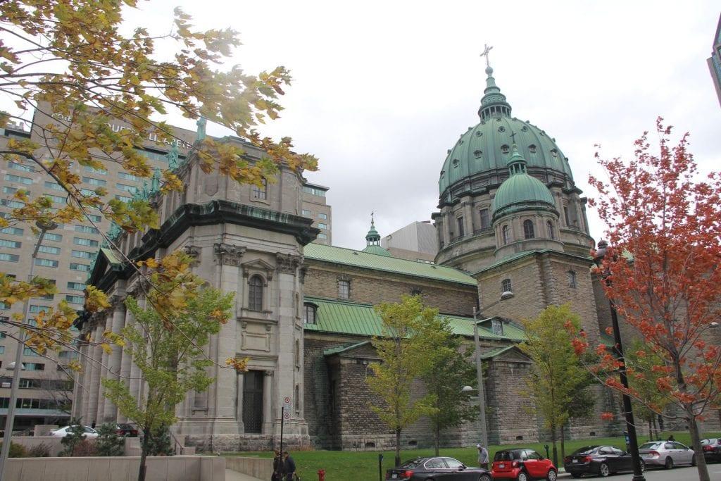 Cathedralé de Marie Reine du Monde 2