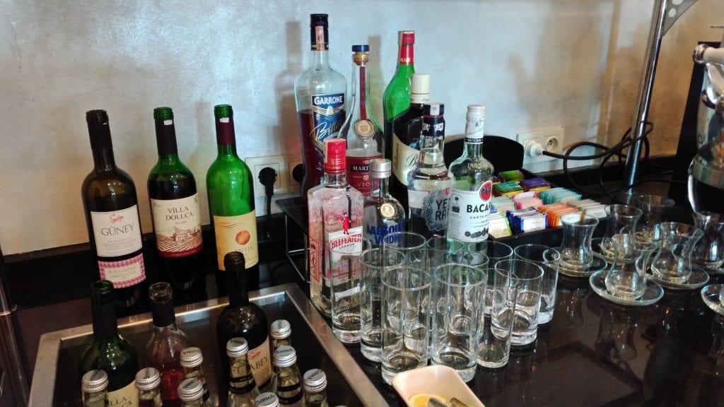 Conrad Istanbul Executive Lounge Evening Spread 5