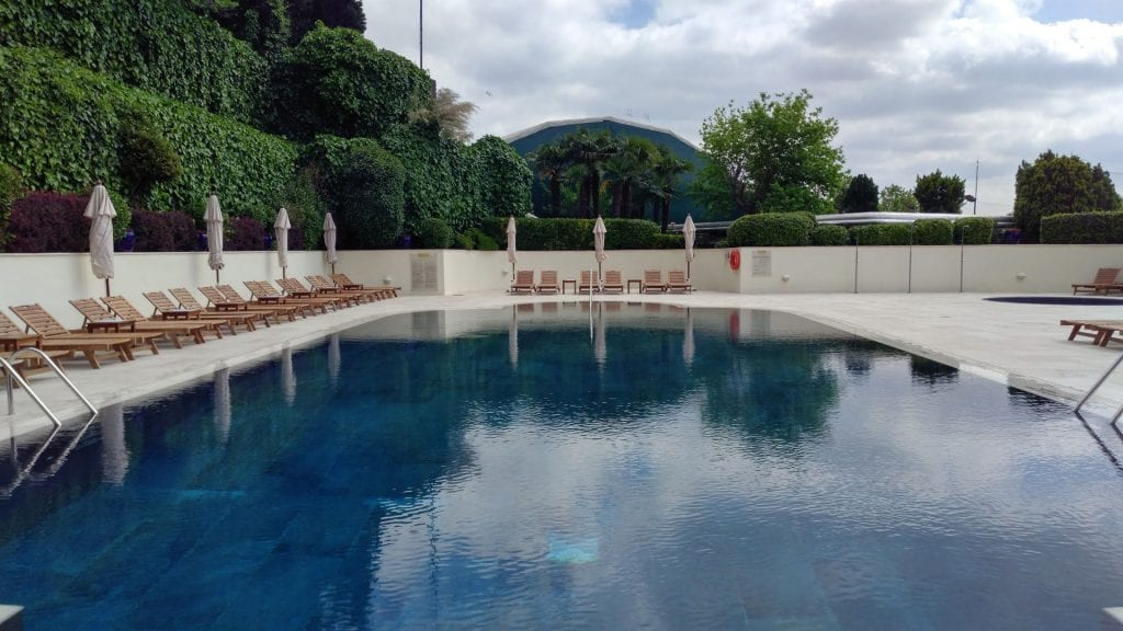 Conrad Istanbul Outdoor Pool 5