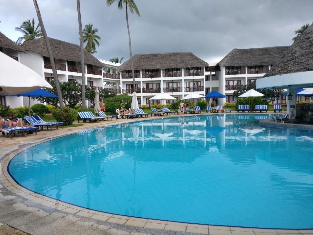 DoubleTree Resort Zanzibar Nungwi Pool 2