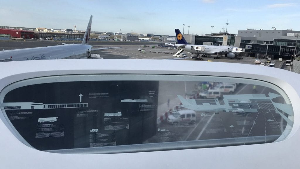 Frankfurter Flughafen Terrasse – Ausblick 2