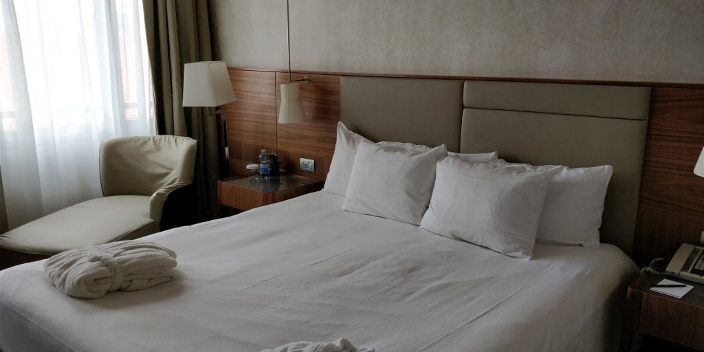 Hilton Milan Zimmer Bett