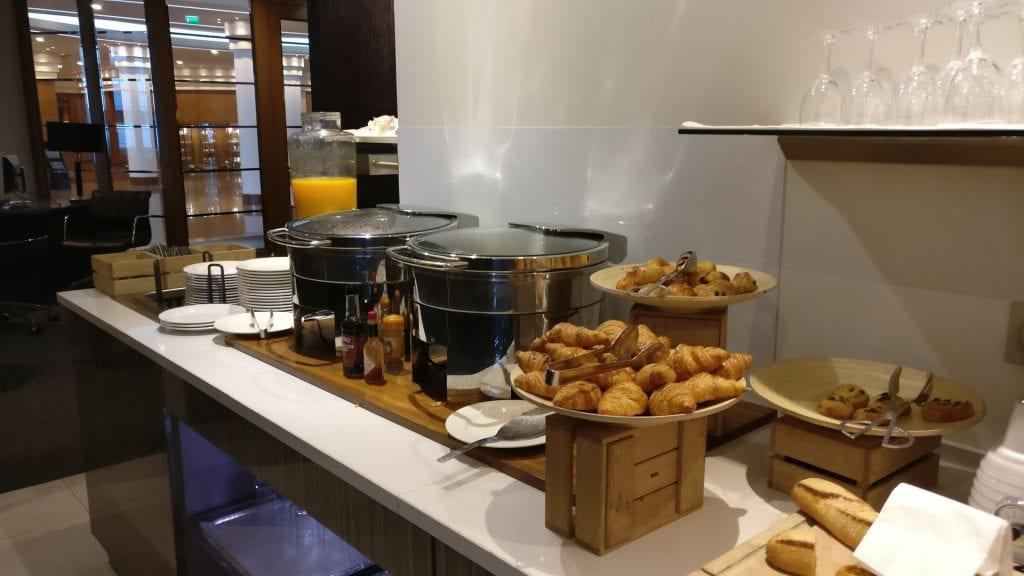 Hilton Paris Charles de Gaulle Executive Lounge Breakfast 2