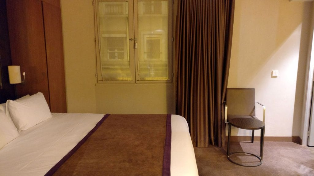 Holiday Inn Paris Elysees Executive Room