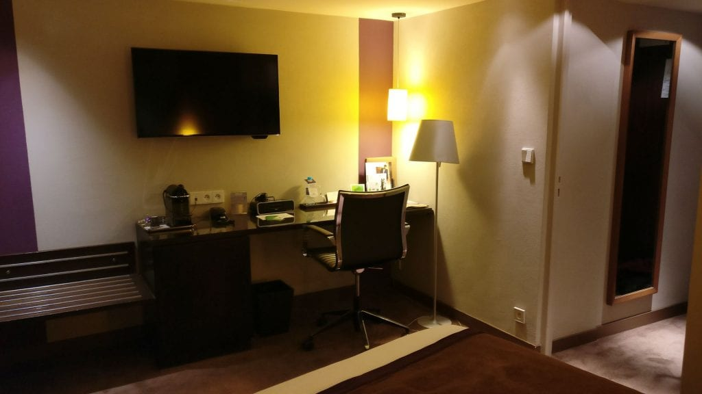 Holiday Inn Paris Elysees Executive Room 3