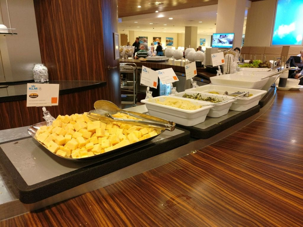 KLM Crown Lounge Amsterdam Schengen Buffet 6