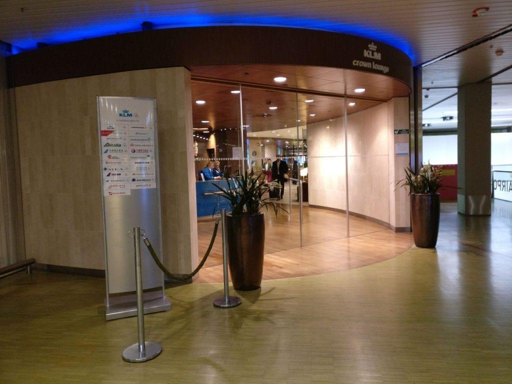 KLM Crown Lounge Amsterdam Schengen Eingang