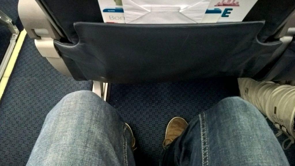 Luxair Economy Class Dash Q400 Sitzabstand